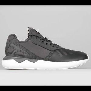 Adidas Kids Tubular Runner in Gray Size 3.5